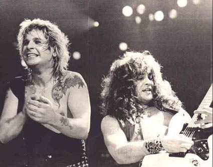 ozzy-and-jake-e-black-and-white