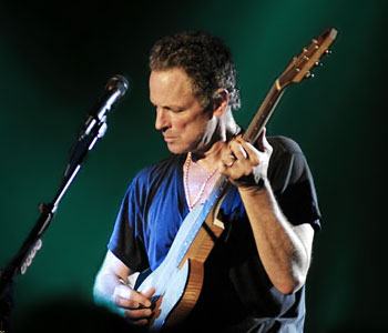 lindsey_buckingham-color