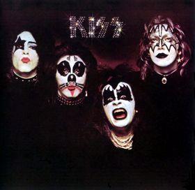 kiss debut