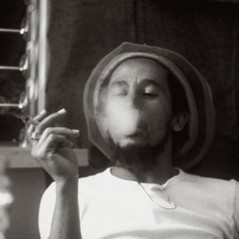 http://rgcred.files.wordpress.com/2012/06/bob-marley-smoking.jpg